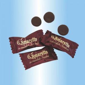 amaretti ricoperti di cioccolata