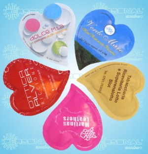 bustina a cuore, cuore, bustina di zucchero a cuore, heart shaped sugar sachet